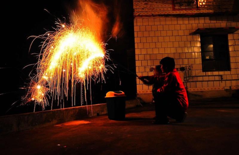 Milyen szabályokat kell betartanod a tűzijáték szervezésénél?